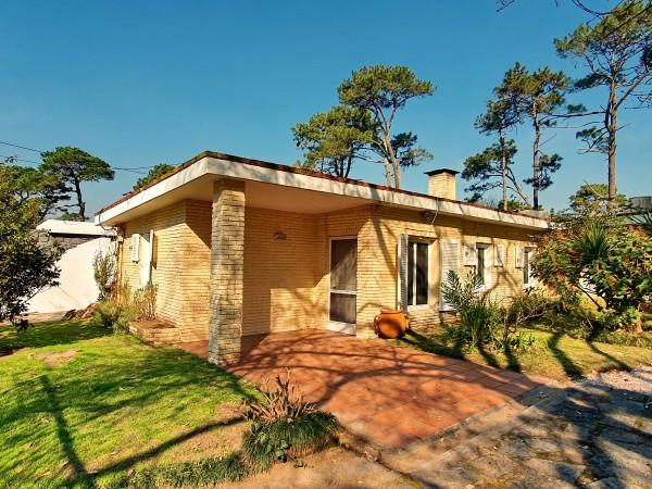 Casa Venta o Alquiler en Punta del Este San Rafael de 2 Dormitorios