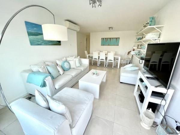 alquiler anual- temporada apartamento pent-house 3 dormitorios torre del mar - lmt886a