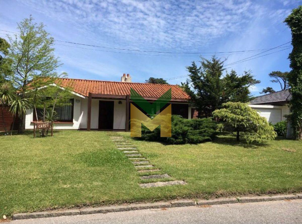 casa en venta , cantegril , punta del este  - brt1882c