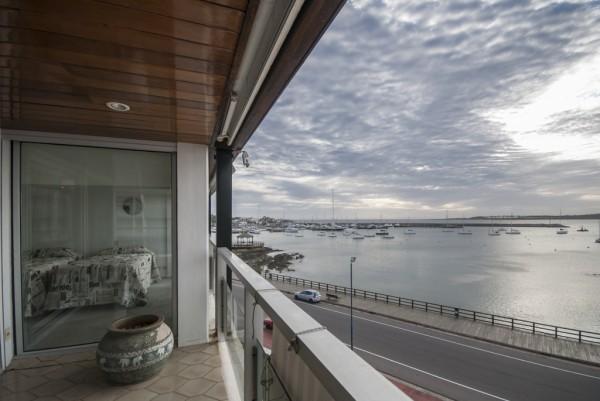 departamento frente al puerto, punta del este, vista al mar, 4 dormitorios, garage - dbp43385a