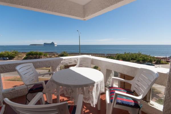 apartamento de 2 dormitorios con vista al mar, playa mansa, punta del este. - dbp1665a