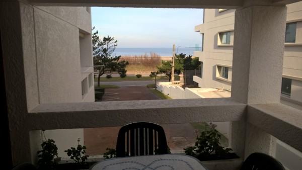 punta del este, frente al mar, apto de 2 dormitorios. - dbp3068a