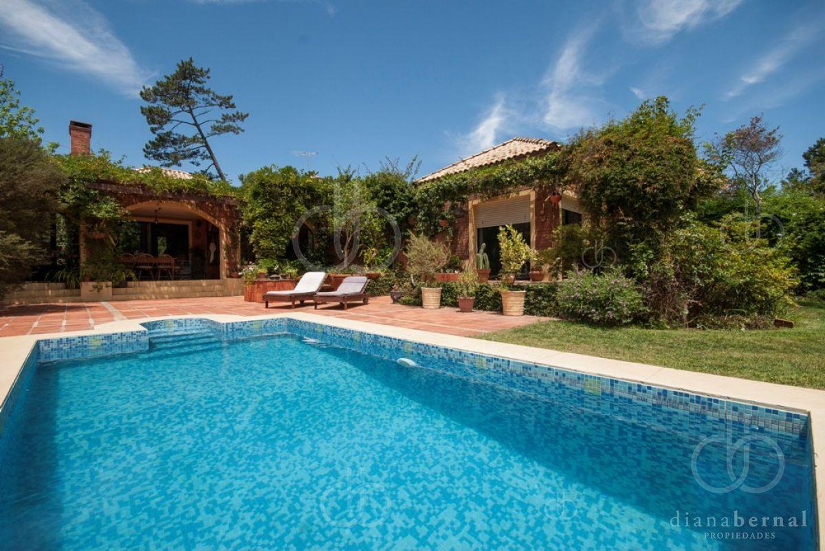 punta del este, pinares, 3 dormitorios, piscina climatizada - dbp3031c