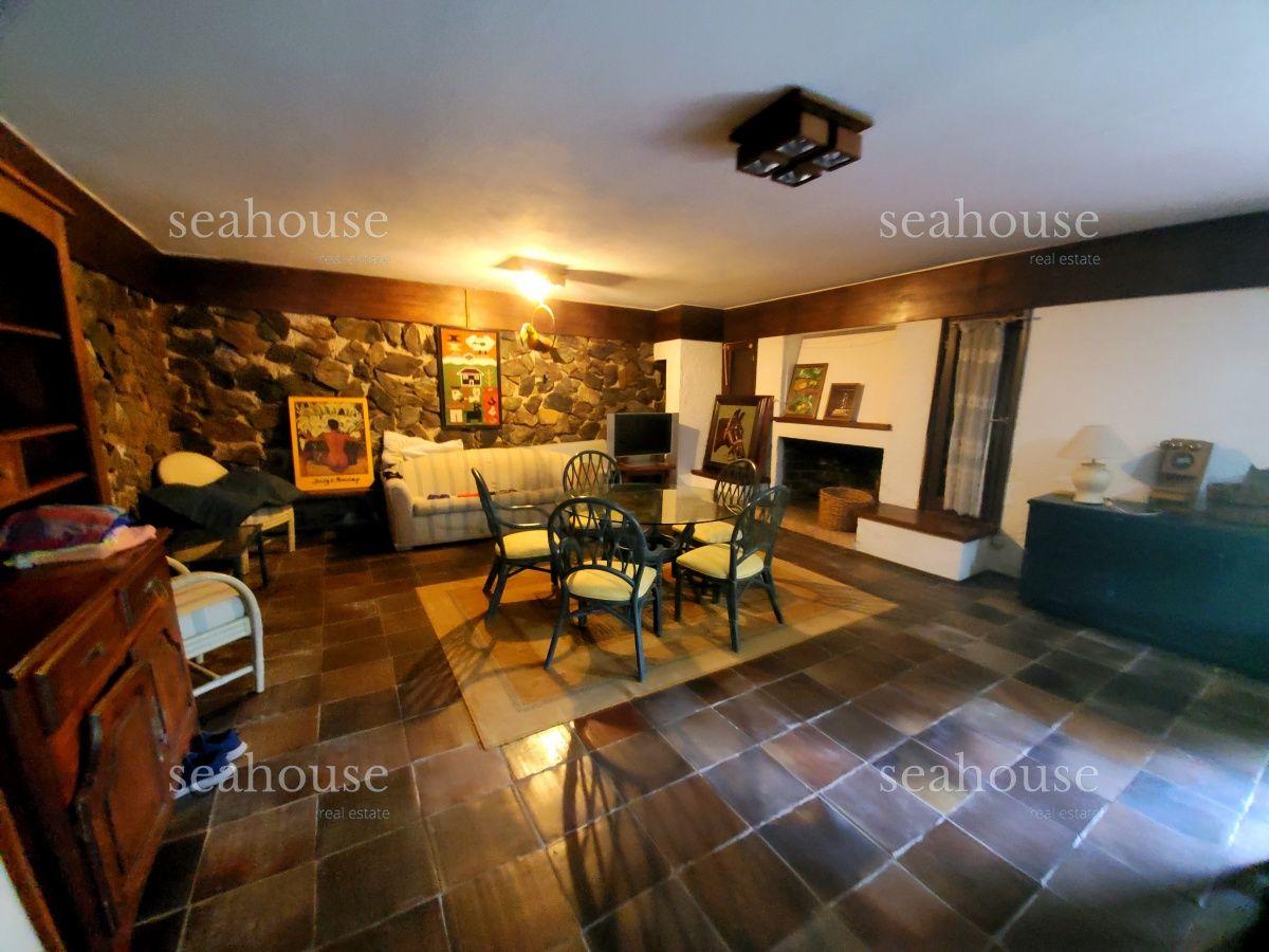 Casa Ref.281 - Casa en Mansa 4 dormitorios