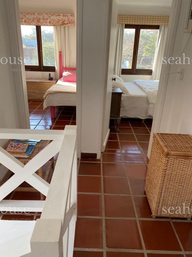 Casa Ref.366 - Excelente casa en venta en La Barra.