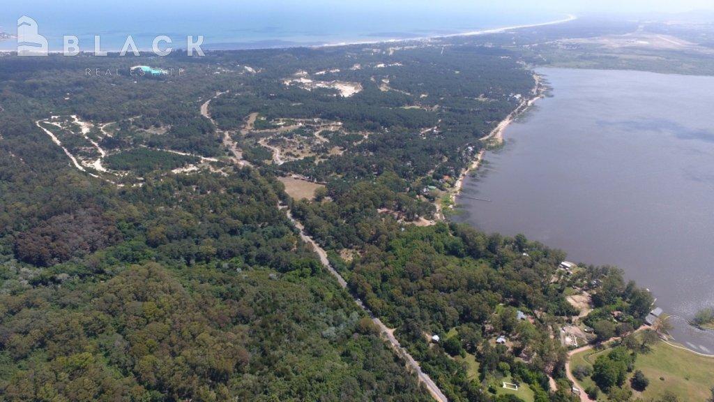 Terreno ID.282 - Las cumbres , espectacular vista a la laguna tierra ideal para inversores