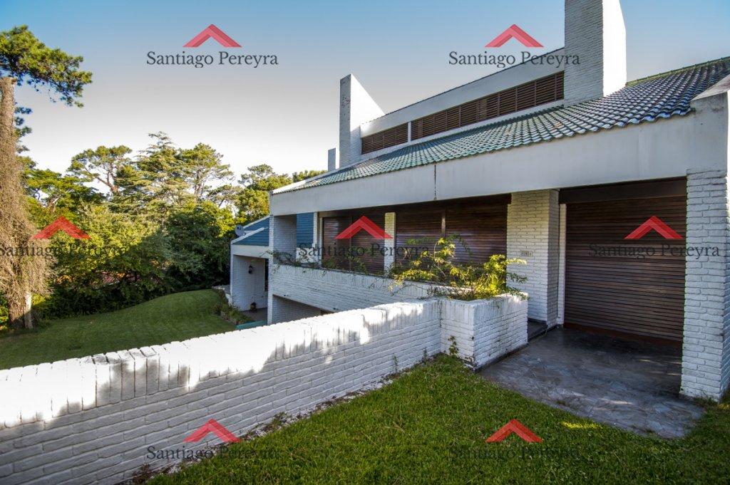 Casa ID.5442 - Excelente casa en Venta en parada 15 de la Mansa