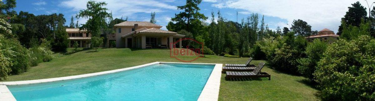 Casa ID.163202 - Casa en Golf, 4 dormitorios  en suite. Piscina